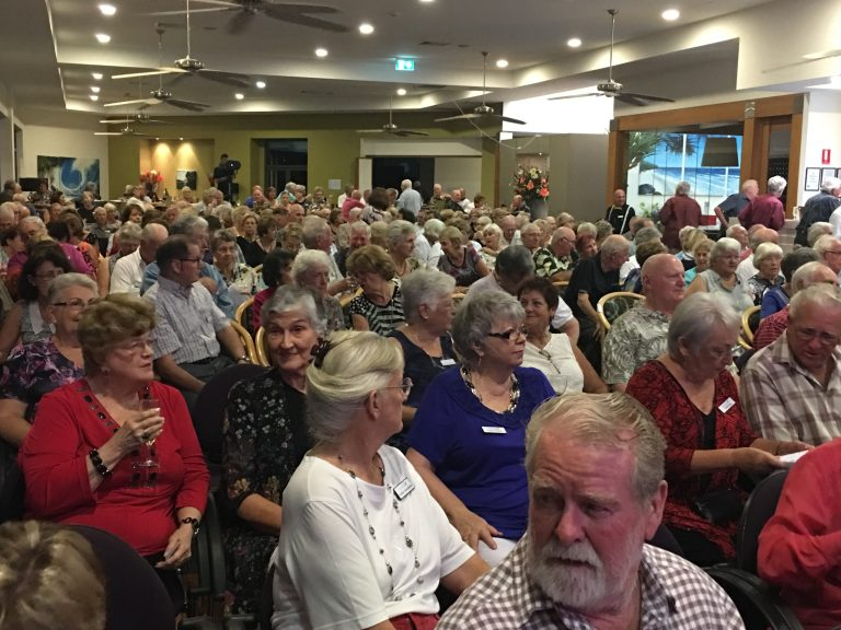 sell-out-crowd-at-the-lions-den-show