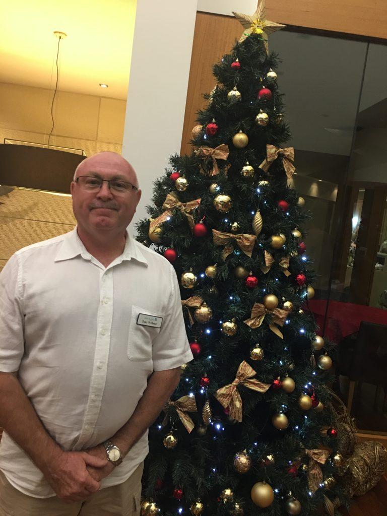manager-tony-xmas-tree